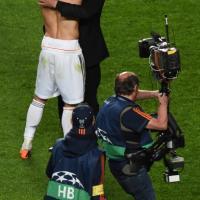 Champions al Real Madrid, la festa in campo