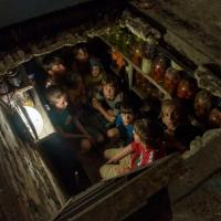 Rocchelli, l'ultimo reportage: la foto dei bambini nella buca