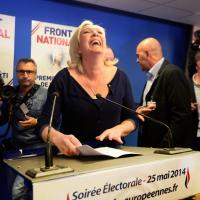 Le Pen, Merkel, Tsipras: il fotoracconto dei risultati in Europa