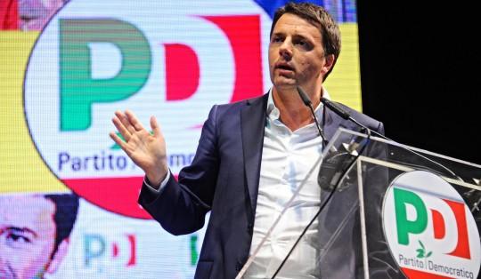 """Freccero dà i voti: Renzi grande comunicatore, Grillo ha sbagliato i toni, Berlusconi """"format esaurito"""""""