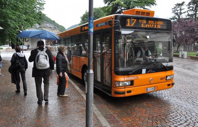 Ipovedenti e non vedenti, rivoluzione alle fermate autobus ...