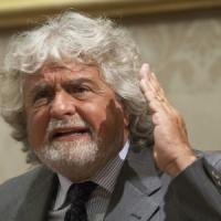 """M5S, Grillo ai dissidenti: """"Non lascio"""". Ma è caos su un documento riservato"""