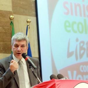 """Vendola: """"Noi non al governo, ma incoraggeremo Renzi contro austerity"""""""