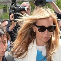 <strong>Scajola, l'ex segretaria: &quot;Rapporto imbarazzante con Chiara Rizzo. Da regali e cene ai pedinamenti per gelosia&quot;<br /></strong>