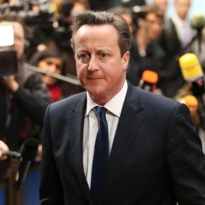 """Commissione Ue, l'allarme di Cameron: """"Gb fuori dall'Unione con Juncker presidente"""""""
