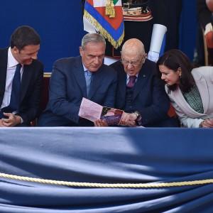 """2 giugno, Napolitano: """"Difendere la Repubblica insieme all'Europa"""""""