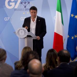 """Renzi al G7: """"Chiusa fase austerity. Italia protagonista idee, non nei ruoli """""""