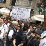 RepIdee Napoli, arriva Renzi: cartelli di protesta davanti al San Carlo