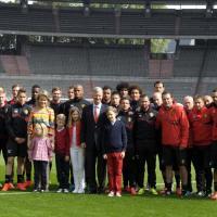 Belgio, la famiglia reale saluta la squadra