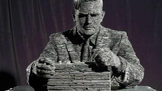 Computer si finge persona e passa il test di Turing