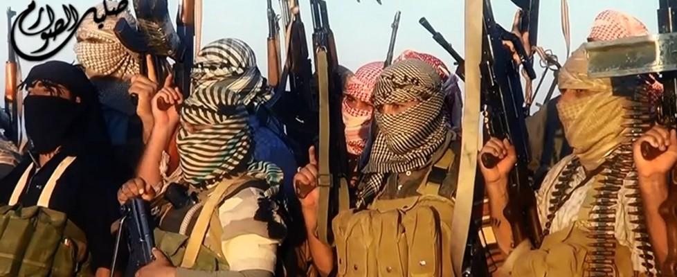 Iraq, la grande offensiva dell'Esercito islamico: 500 mila in fuga da Mosul. Prese Tikrit e Ninive