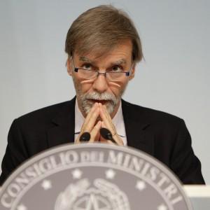 "Delrio: ""Governo è contrario a stop Mare Nostrum"""