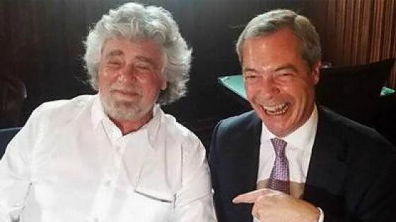 Alleanze in Europa, il M5S sceglie l'Ukip di Farage. Ma la base accusa: votazione pilotata