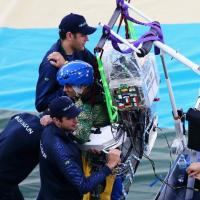 Brasile 2014, il calcio inaugurale lo tira il ragazzo paraplegico