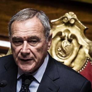 Grasso, stop vitalizi a senatori condannati