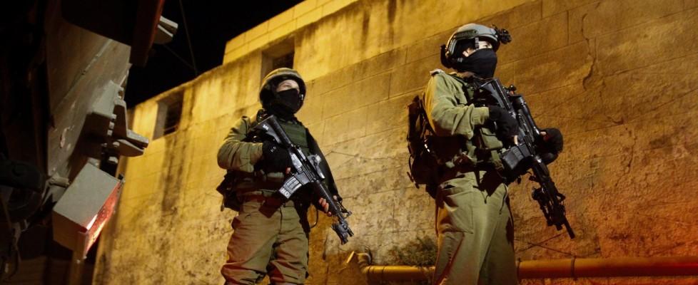 "Israele, Netanyahu: ""I tre ragazzi rapiti da Hamas"". Arrestati 80 palestinesi"