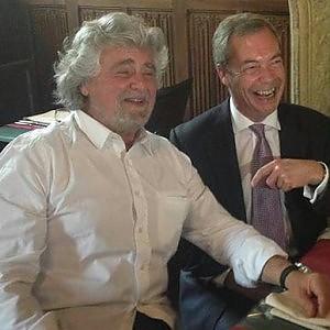 Ue, Farage (Ukip) annuncia formazione gruppo euroscettico con M5S