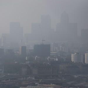 """Lo smog e l'inquinamento """"annebbiano"""" la mente degli adulti"""