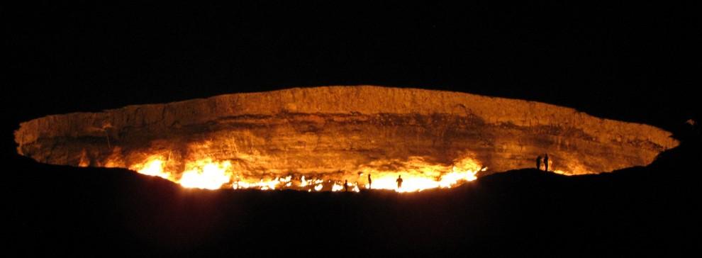 Turkmenistan, sull'orlo del cratere: visita alla porta dell'inferno
