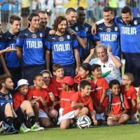 Brasile 2014, che entusiasmo per l'Italia a Natal: in 10 mila all'allenamento