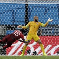 Stati Uniti-Portogallo 2-2, Varela all'ultimo respiro tiene in corsa i lusitani