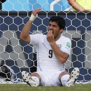Uruguay, nove giornate a Suarez per il morso a Chiellini