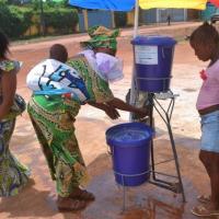 """Ebola, Oms: """"Misure drastiche in 11 Paesi dell'Africa occidentale"""""""