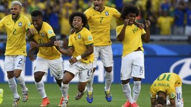 Brivido Brasile: Cile sconfitto ai rigori 4-3. Ma nei quarti con la Colombia sarà dura