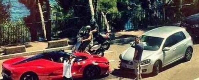 """Come buttare più di un milione di euro: """"LaFerrari"""" si schianta a Monaco"""