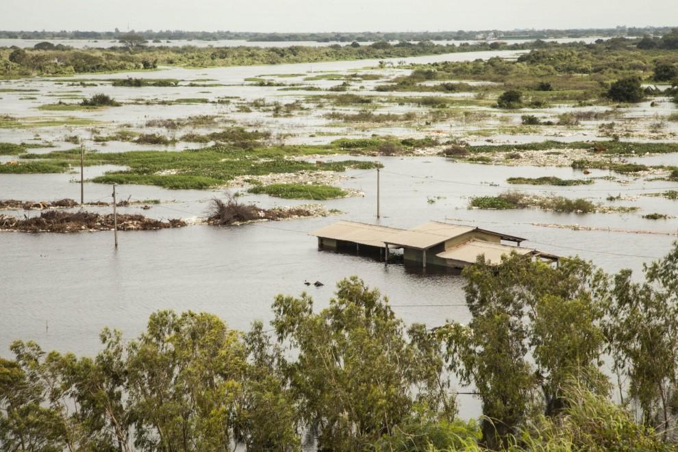 Alluvione in Paraguay: in 300 mila senza casa