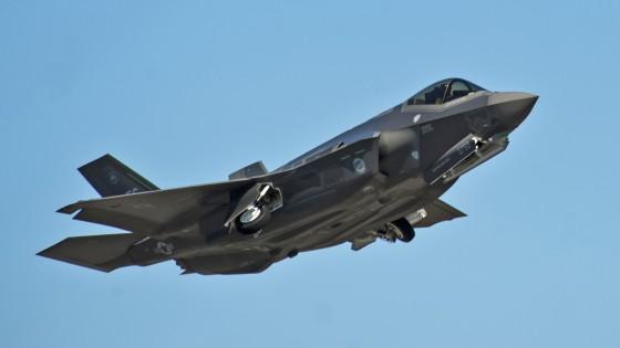 Il Pentagono: a terra gli F35. Pd: senza garanzie non li acquisteremo