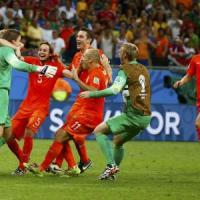 Olanda-Costarica 4-3 ai rigori: il portiere Krul entra al 120' e regala