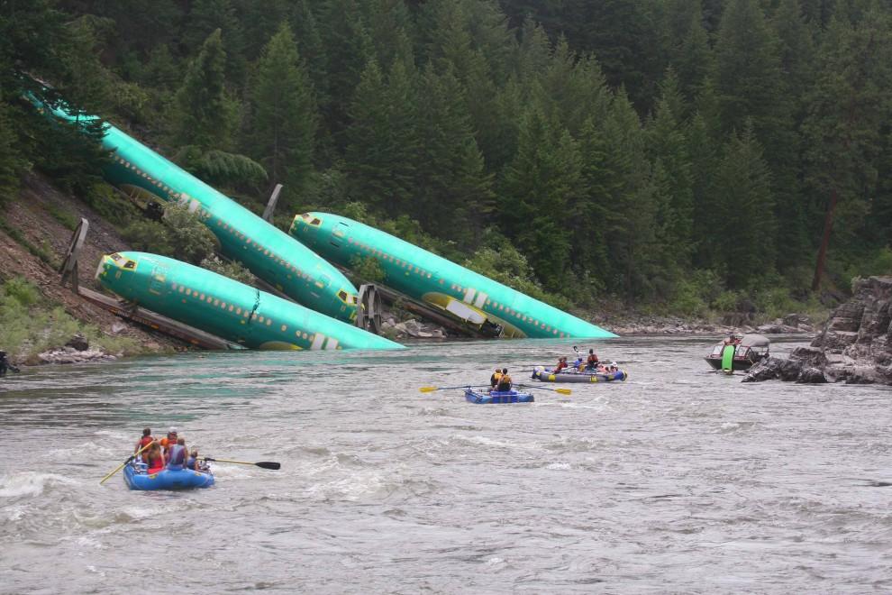 Usa, deraglia un treno nel Montana, ma sembra un disastro aereo