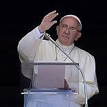 """Pedofilia, mea culpa del Papa  """"Dolore per abusi e suicidi   video   sono sulla coscienza della Chiesa"""""""