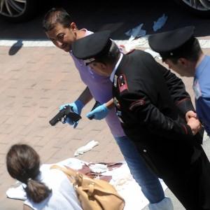 Spara a Perugia: clinicamente morto l'aggressore. Gravissimo il bimbo di due anni e la madre