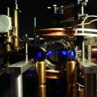 Da Galileo agli atomi, ora la caduta dei gravi si studia al super microscopio