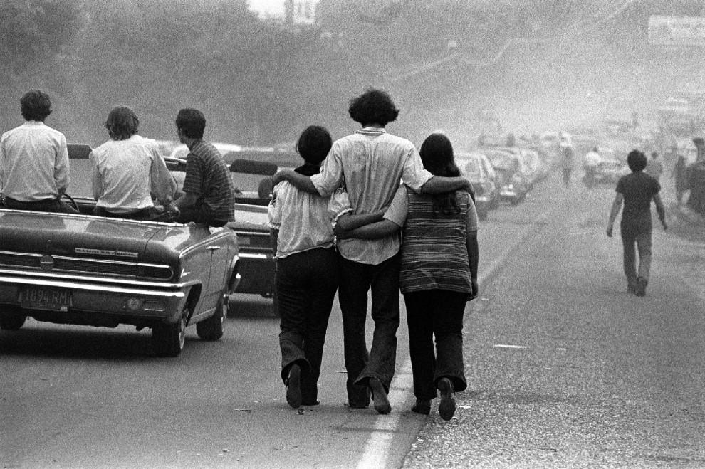 Quel concerto che cambiò la storia: gli scatti inediti di Woodstock