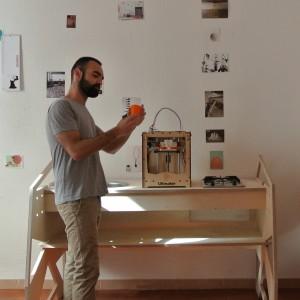 Nasce la cucina fai-da-web. Un giovane designer sardo ripensa i fornelli dal fablab alla propria casa