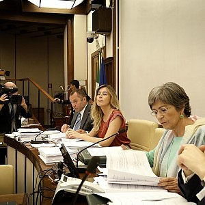 Riforma del Senato, slitta il voto in Commissione. Nuovo quorum per il Colle