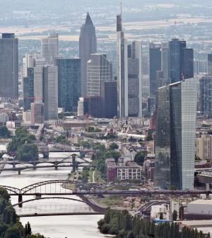 La Bce mette in guardia dai rischi geopolitici. Consiglio unanime su eventuali nuove misure