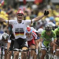 Tour de France, sprint vincente di Greipel. Nibali mantiene la maglia gialla