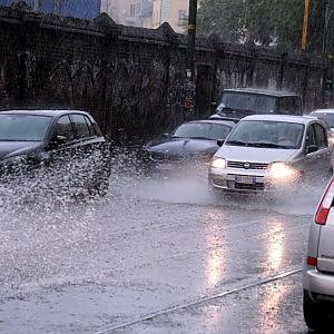 Meteo, l'estate può attendere, ancora piogge nel week end