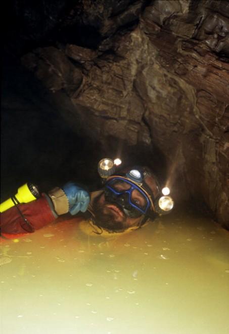 Georgia, nella grotta più profonda: 2mila metri sotto terra