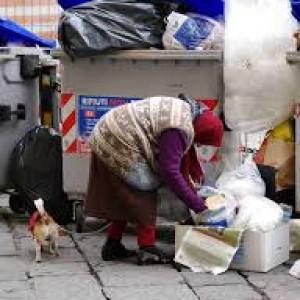 I poveri sono raddoppiati negli ultimi cinque anni