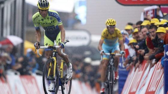 Tour de France, Nibali da leader: Contador lo attacca, ma resiste in giallo