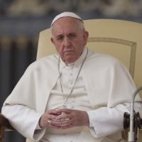 """Il Papa: """"Come Gesù userò il bastone contro i preti pedofili"""""""
