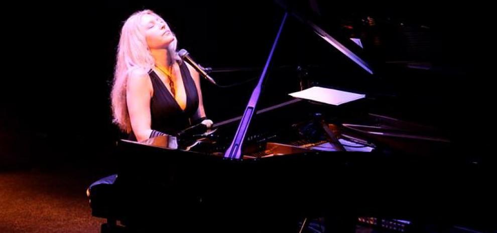 Umbria Jazz 14, Eliane Elias, Yilian Canizares, Dobet Gnahoré... Le signore delle note blu