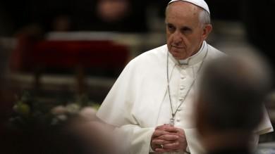 """Preti pedofili, la Chiesa con Francesco Ma dagli Usa la richiesta: """"Ora i fatti""""   Colloquio con il Papa : """"Come Gesù userò il bastone contro i colpevoli degli abusi"""""""