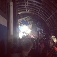 Incidente nel metrò a Mosca: gli scatti dei passeggeri
