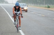 20 giorni in bici da sola negli Usa, l'impresa record di Juliana Buhring